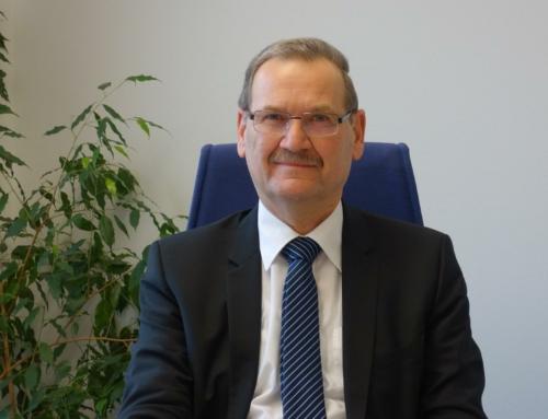 Schriftliches Grußwort von Herrn Ministerialdirigent Adolf Schicker anlässlich des 70-jährigen Bestehens der Staatlichen Realschule Neustadt an der Waldnaab